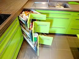 cuisine verte pomme agencement d une cuisine vert pomme contemporain cuisine
