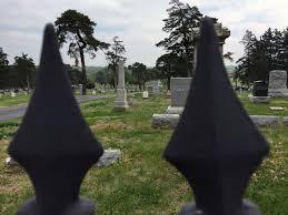 Vases Stolen From Cemetery Owner Kansas City Kansas Cemetery Robbed Of 230 Brass Vases