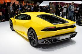 Lamborghini Huracan Ugly - anyone else feel that the back half of the huracan is
