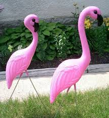 traditional pink flamingos yard lawn ornaments set of 20 77 90