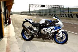 Bmw S1000rr Review 2013 Bmw S1000rr Hp4 Garage Pinterest Bmw S1000rr Bmw And Wheels