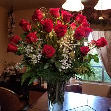 3 dozen roses 3 dozen roses lighthouse flower shop mesa az local florist