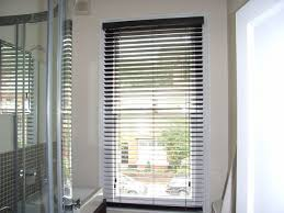 Blinds Bathroom Window How To Select The Best Curtains And Blinds Guides U0026 Infoguides