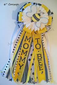 bumble bee baby shower theme best 25 bee baby showers ideas on baby shower themes