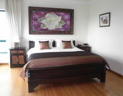 Feng Shui Tip Of The Day Use The Command Position Epic Self - Feng shui bedroom furniture positions