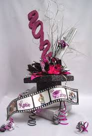 Pinterest Graduation Party Ideas by Best 25 Graduation Centerpiece Ideas On Pinterest Graduation