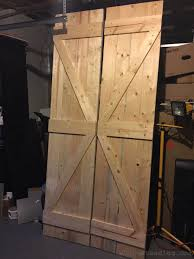 Distressed Barn Door by Homemade Barn Doors Wholesteading Com