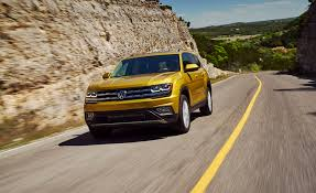 volkswagen atlas sel interior 2018 volkswagen atlas first drive review car and driver