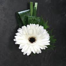 Groom S Boutonniere White Gerbera Groom U0027s Boutonniere W Flowers Ottawa