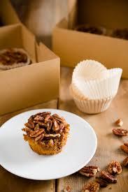 paula deen thanksgiving pecan pie maple pecan cupcakes with butter pecan buttercream frosting