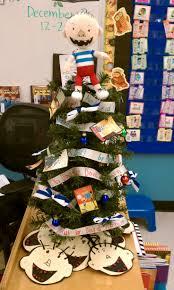 34 best book inspired christmas trees images on pinterest
