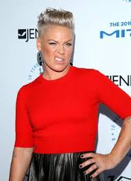 carey hart hair singer pink l and husband carey hart arrives at the 4th annual tv