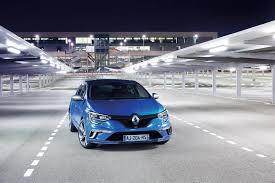 renault blue 360 youtube test drive video takes renault megane gt to big ben