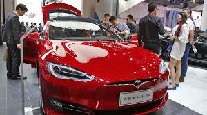 tesla owners manual tesla crash in china raises concerns on autopilot claims