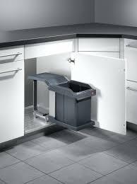 poubelles de cuisine automatique poubelle cuisine automatique poubelle automatique dans meuble