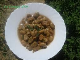 origan frais en cuisine fèves parsemées d origan frais la conque d or