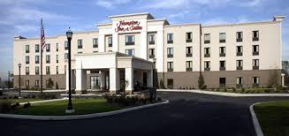 Comfort Inn Lancaster County North Denver Pa Lodging In Adamstown Pa Northern Lancaster County Antiques