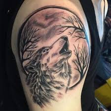 howling wolf tattoo stomach pictures to pin on pinterest tattooskid