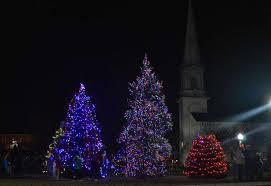 tree lighting ceremony kicks season in west