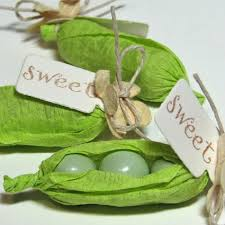 Two Peas In A Pod Centerpieces by Popular Pea Pod Favors That Are Easy To Make