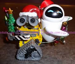 dizdude disney pixar wall e and ornament