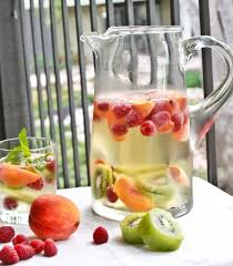 fruity martini recipes 7 delicious skinny cocktails for summer sangria skinny girls