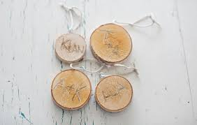 hello wonderful make simple wood etched ornaments