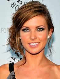 Easy Hairstyle For Wavy Hair by Elegant Hairstyles For Long Hair Hair Style And Color For Woman