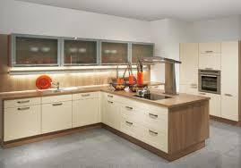 conception de cuisine conception de cuisine droite armoire de cuisine en bois brun