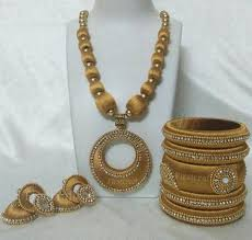 gold colour chain necklace images Full gold colour silk thread jewellery set fashionous jpg