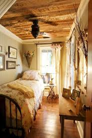 best 25 cozy small bedrooms ideas on pinterest desk space uni