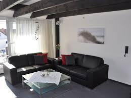 Wohnzimmerm El Dunkel Haus Pirola Fewo Direkt