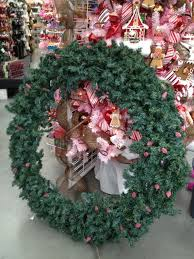 decor mesh wreath tutorial