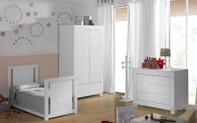 chambre b b blanche et grise chambre bébé blanche