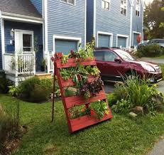 recycled wood pallet vertical gardens pallet ideas recycled