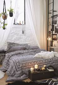 Best  Earthy Bedroom Ideas On Pinterest Natural Bedroom - Earthy bedroom ideas