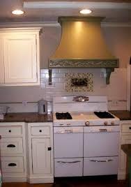 bungalow kitchen ideas 43 best kitchen backsplash ideas images on backsplash