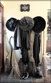 halloween witch decoration when does disneyland decorate for