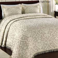 Bed Bath And Beyond Quilts Bedroom Design Marchesca Matelasse Coverlet And Fabulous