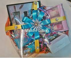 wedding gift decoration ideas 52 best weddings images on trousseau packing packing