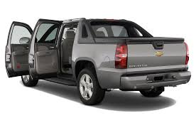 2013 chevrolet avalanche reviews and rating motor trend