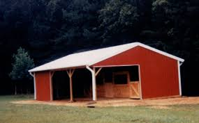 affordable barn builders pole barns horse barns metal buildings