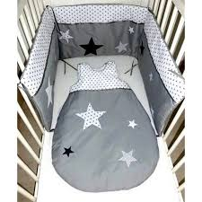 theme etoile chambre bebe ensemble tour de lit gigoteuse et nid d ange etoiles et pois