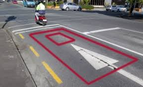 do traffic lights have sensors traffic lights