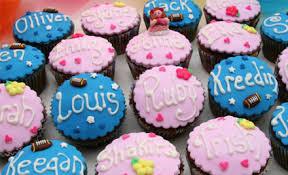 personalised cupcakes 6 personalised cupcakes grabone