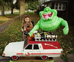 awesome ghostbuster with proton pack slimer and ecto 1 4 steps