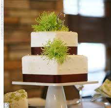wedding information simple square wedding cake