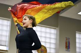 macy hours for thanksgiving hellgate high senior chosen for macy u0027s thanksgiving parade color