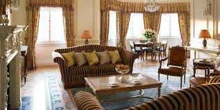 the prince of wales suite on green park the ritz london