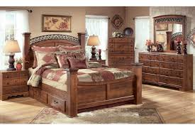 king poster bedroom set timberline king size poster bedroom set w underbed storage by